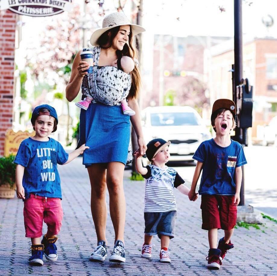 Rencontre un gars avec 3 Mamas bébé